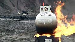 Болевой порог. Газовый баллон - ракета.